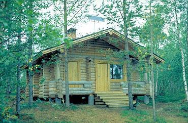 Kolmosjärvi ERÄKÄMPPÄ, Inari