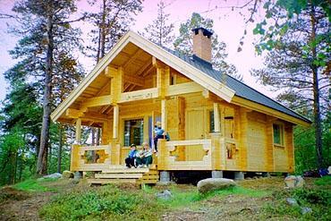Nangujärvi ERÄKÄMPPÄ, Inari