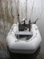 BRIG kumivene sähkömoottorilla kalastusvalmiina