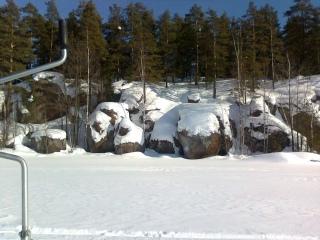 Ahvenpilkillä kivijärvellä
