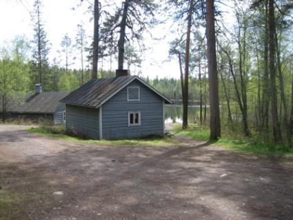 Ahvenlampi ERÄKÄMPPÄ, Kinnula